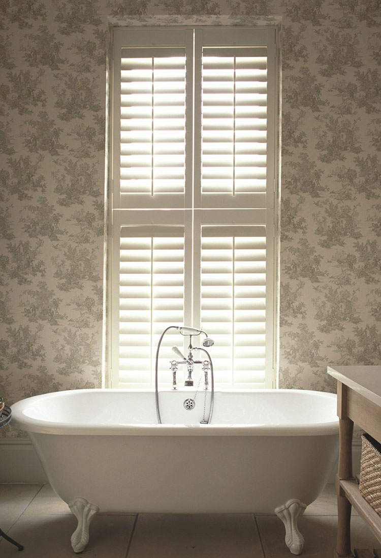 bathroom interior tier on tier shutters Hull